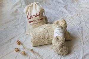 gilet knit eat teasing 7 300x200 - Dolce Seta, la douce bourrette de soie