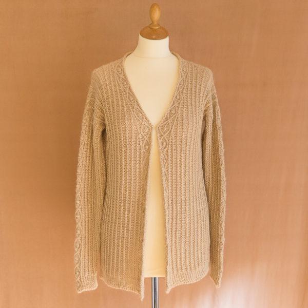 photos embrace cardigan colsweet chaud 2 600x600 - Embrace Cardigan