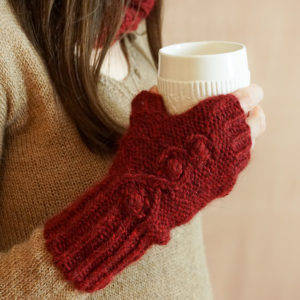photos embrace set colsweet chaud 7 300x300 - Embrace Mitts
