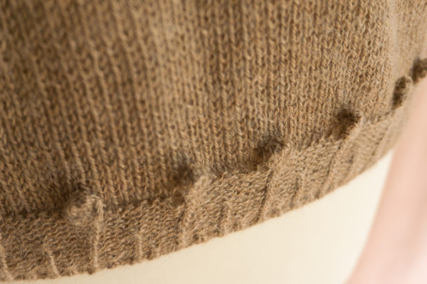 photos petal sweater colsweet chaud 7 600x400 - Petal